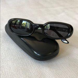 GUCCI Oval Frames Sunglasses